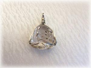 ハーキマーダイヤモンドのペンダントトップ