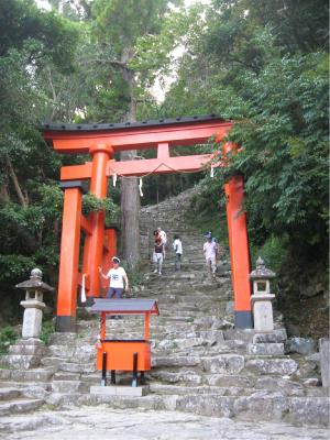 神倉神社ごとびき岩
